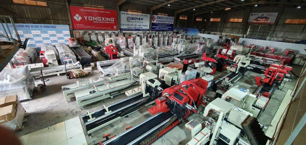 Máy sản xuất cửa nhôm